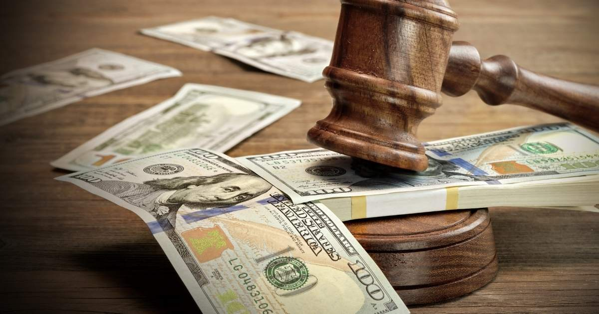 How Much Does a Car Accident Lawyer Cost?