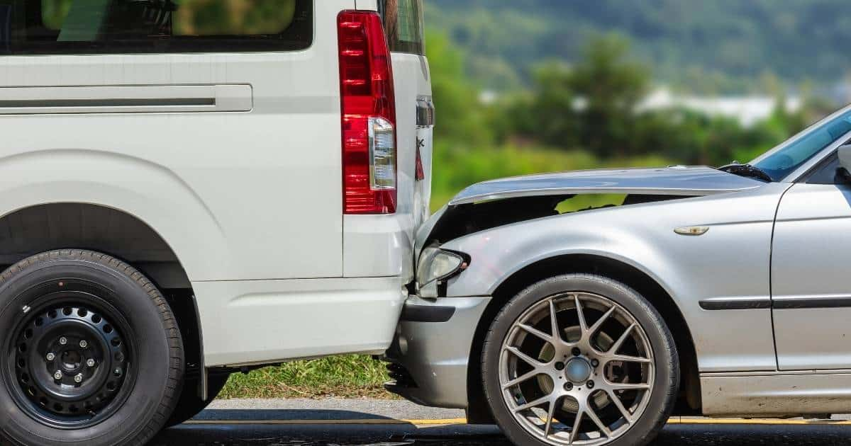 Who Is Liable After anAccidentwith a UPS or FedEx Truck?